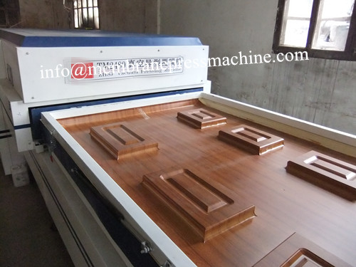 PVC Foil Vacuum Membrane Press Machine for Cabinet Door